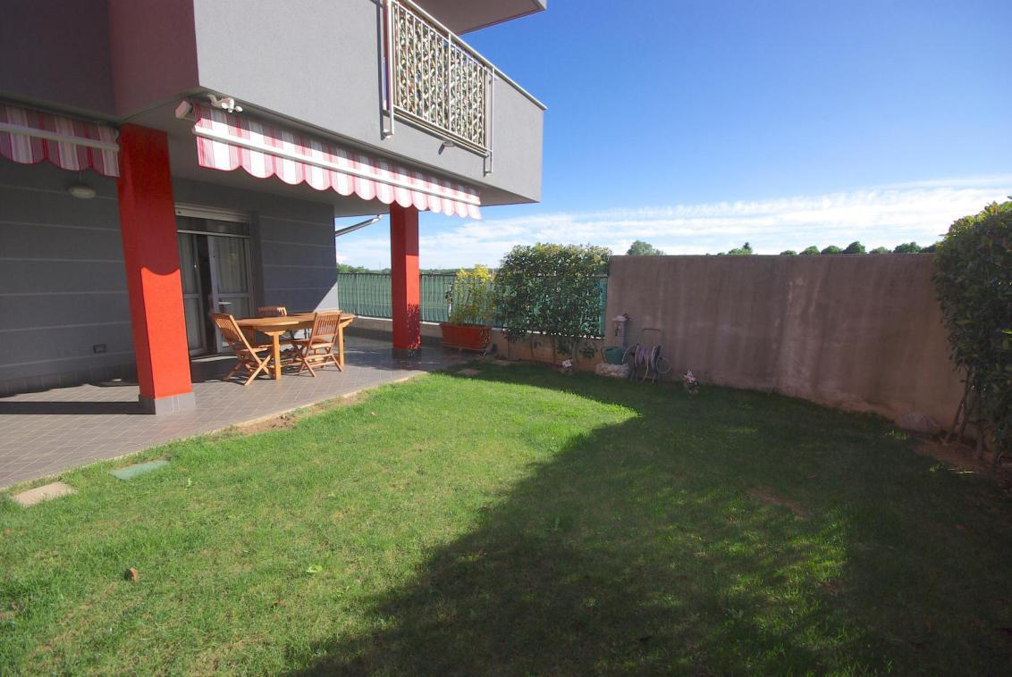 Appartamento in vendita a Mozzate, 3 locali, prezzo € 177.000   Cambio Casa.it