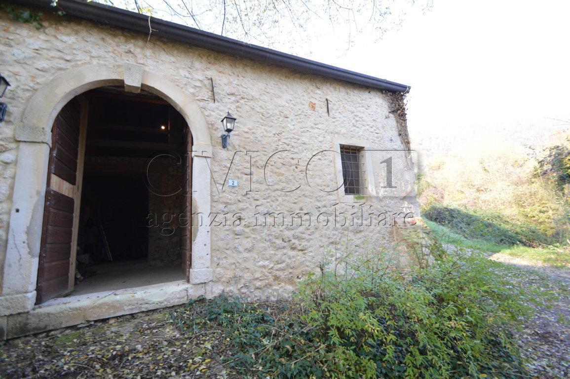 Rustico - Cascina ARCUGNANO vendita  Fimon  CIVICO1 Agenzia Immobiliare