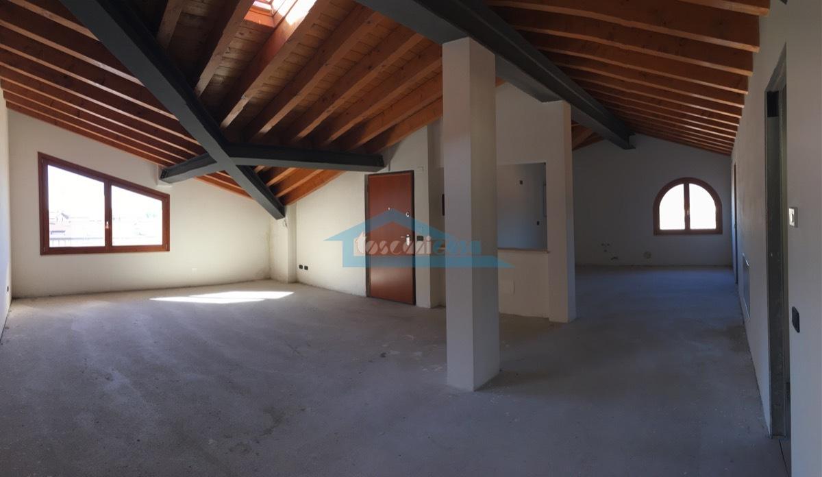 Open-Space Appartamento  a Capriolo