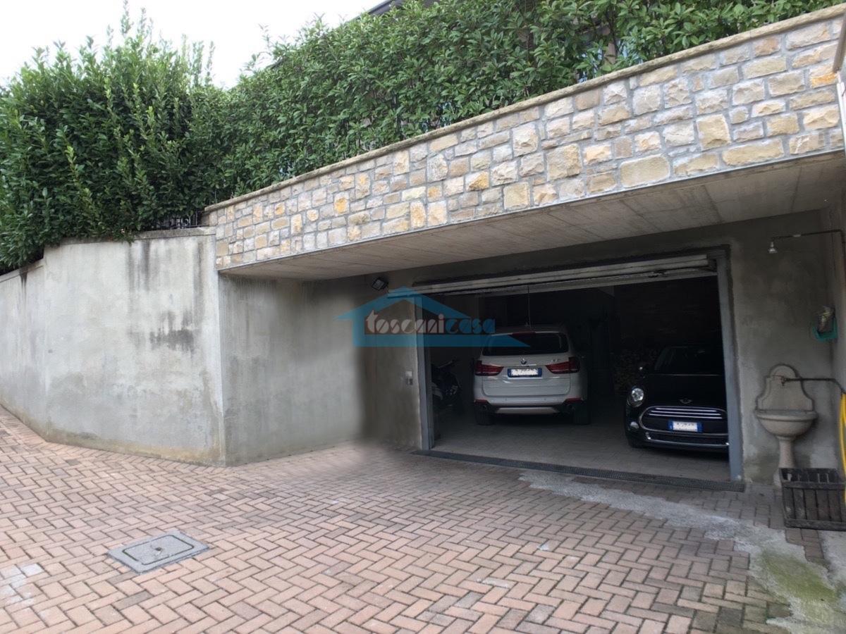 Garage doppio Bifamiliare  a Erbusco