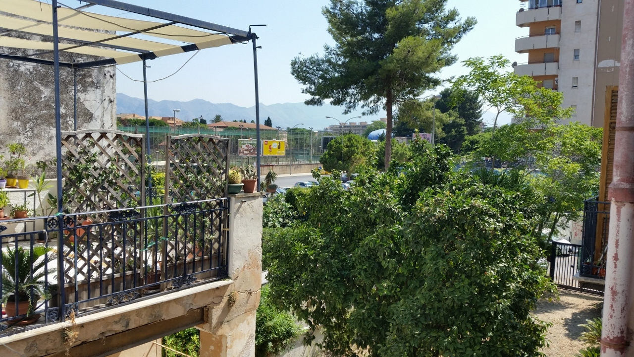 Bilocale Palermo Via Anwar Sadat 9