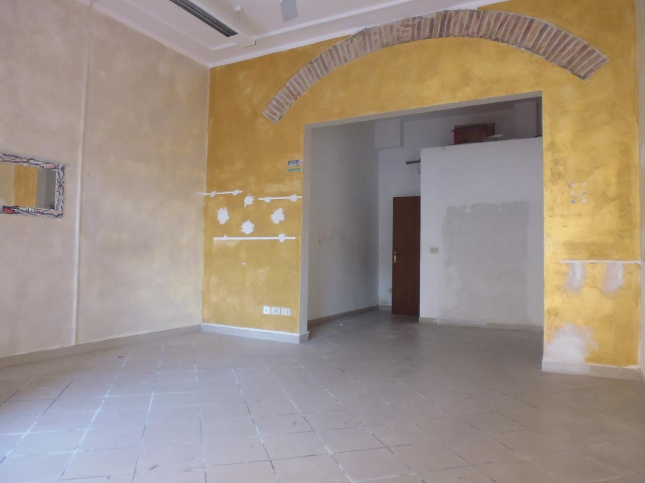 Negozio / Locale in vendita a Livorno, 1 locali, prezzo € 70.000 | Cambio Casa.it