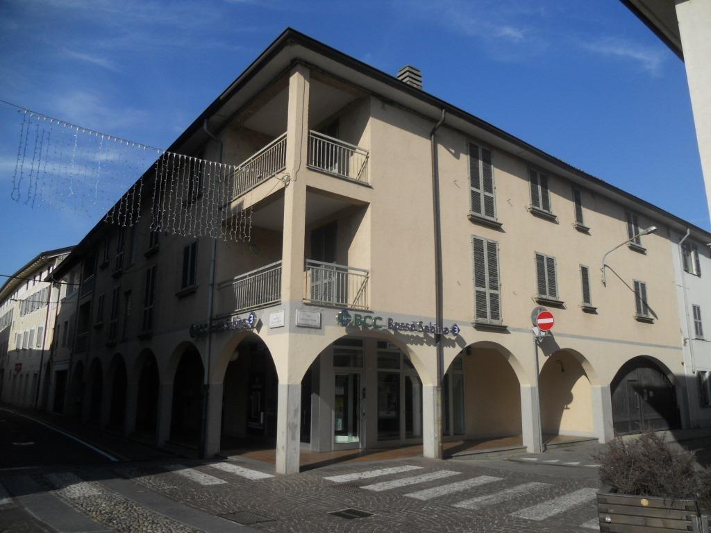 Appartamento in vendita a Coccaglio, 5 locali, prezzo € 160.000 | Cambio Casa.it