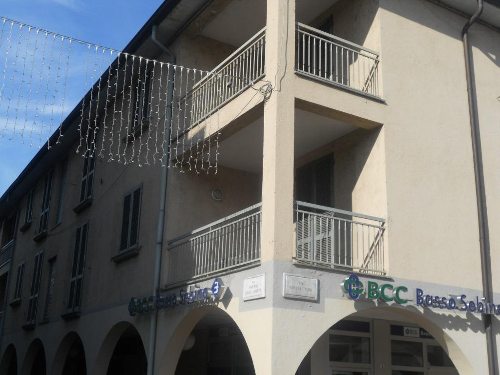 Appartamento in vendita a Coccaglio, 5 locali, prezzo € 85.000 | Cambio Casa.it
