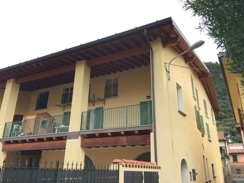 Appartamento in vendita a Provaglio d'Iseo, 4 locali, prezzo € 179.000 | Cambio Casa.it