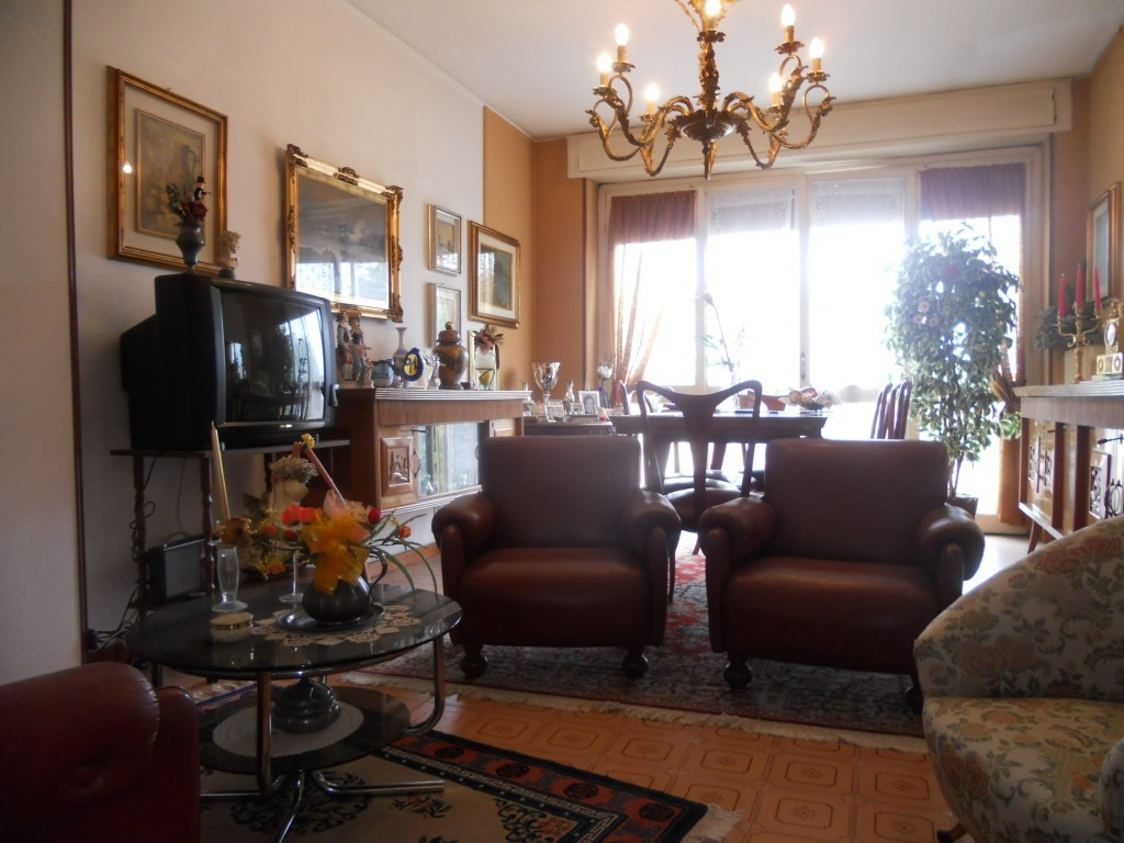 Appartamento in vendita a Chiari, 3 locali, prezzo € 85.000 | Cambio Casa.it