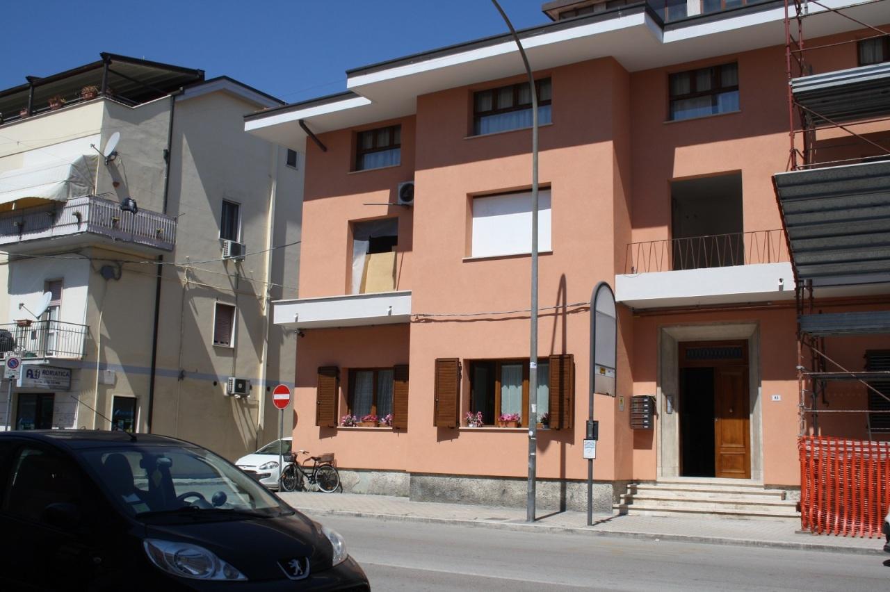 Bilocale San Benedetto del Tronto Via Mare 93 4