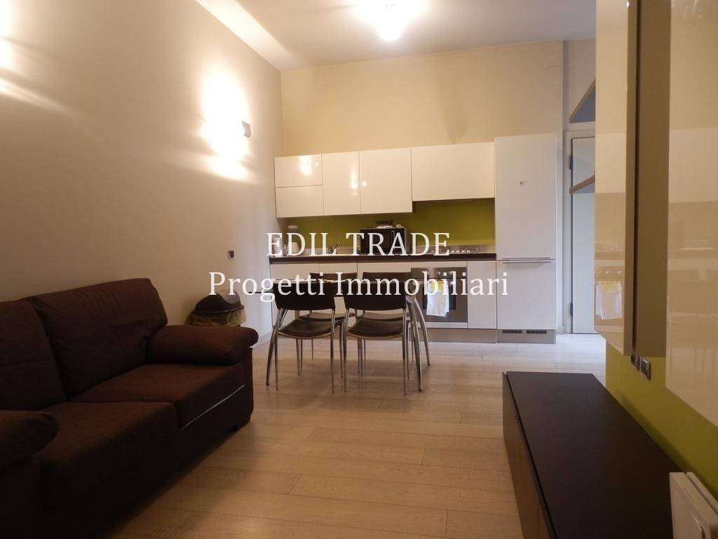 Appartamento in affitto a Milano, 3 locali, prezzo € 1.500   Cambio Casa.it