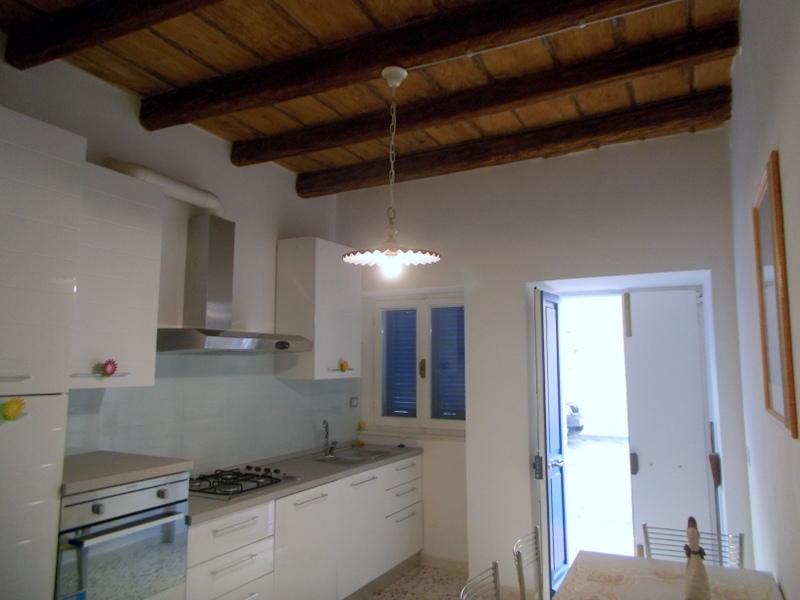 Soluzione Indipendente in vendita a Grottammare, 6 locali, prezzo € 240.000 | Cambio Casa.it