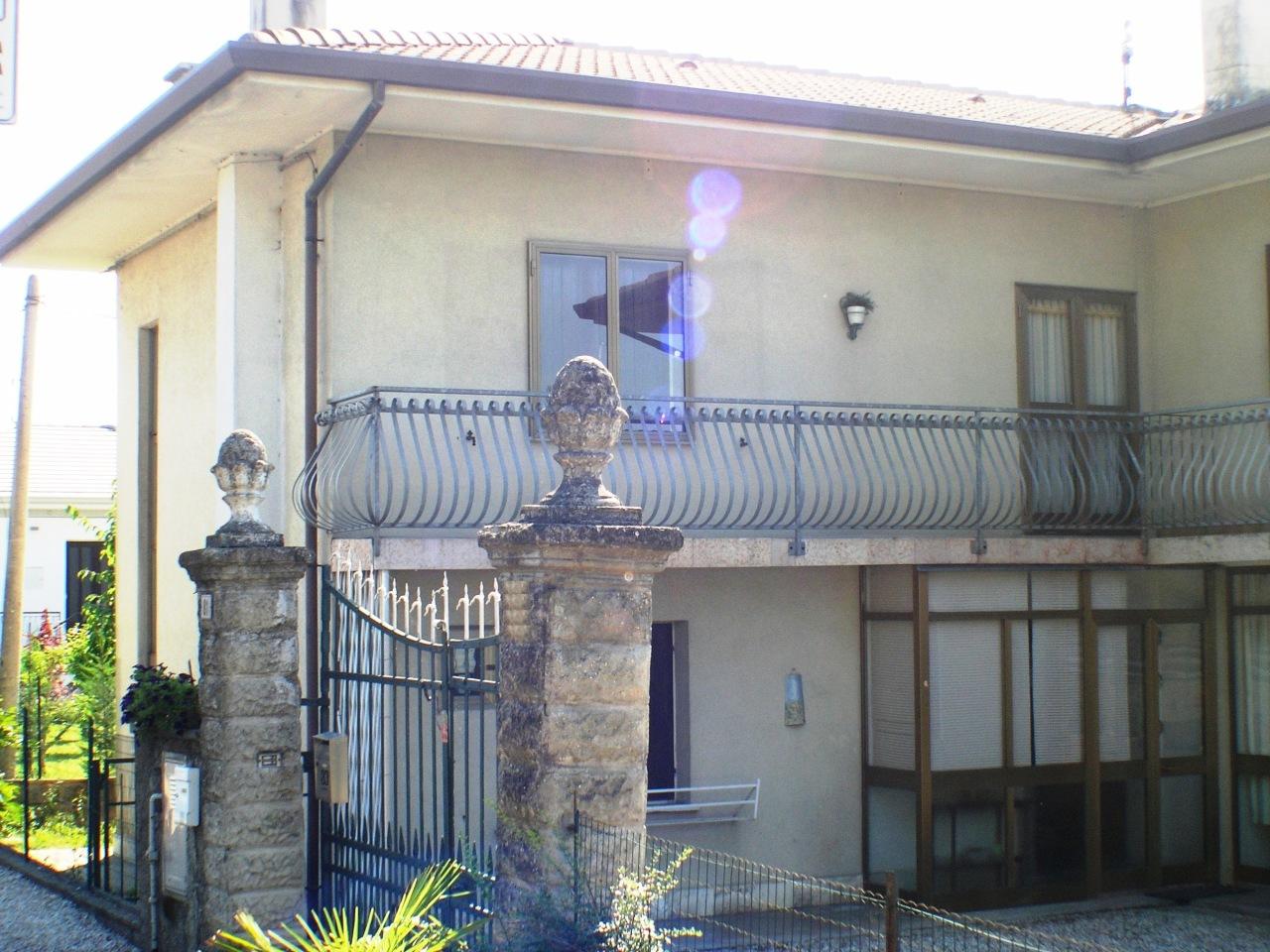 Soluzione Indipendente in vendita a Palazzolo dello Stella, 5 locali, prezzo € 65.000   CambioCasa.it