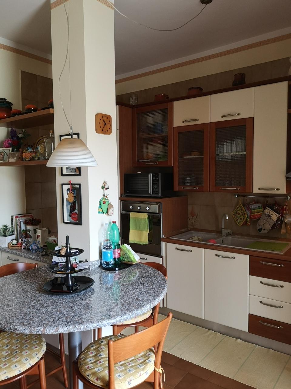 Appartamento in vendita, rif. 2751