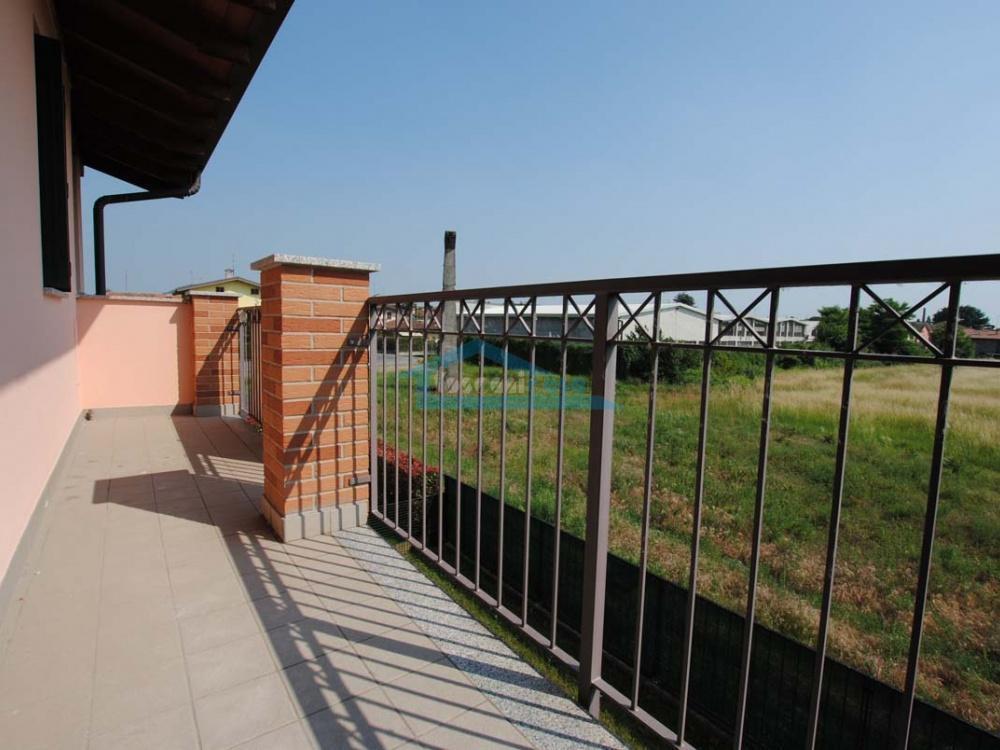 Balcone Appartamento  a Palazzolo sull'Oglio