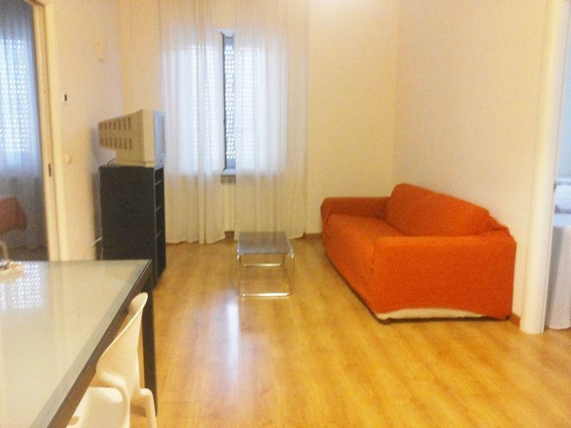 Appartamento in affitto a Ascoli Piceno, 5 locali, prezzo € 800 | CambioCasa.it