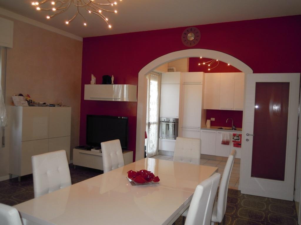 Appartamento in vendita a Trenzano, 5 locali, prezzo € 99.000 | Cambio Casa.it