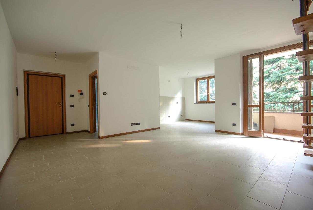 Appartamento in vendita a Locate Varesino, 3 locali, prezzo € 194.000 | Cambio Casa.it
