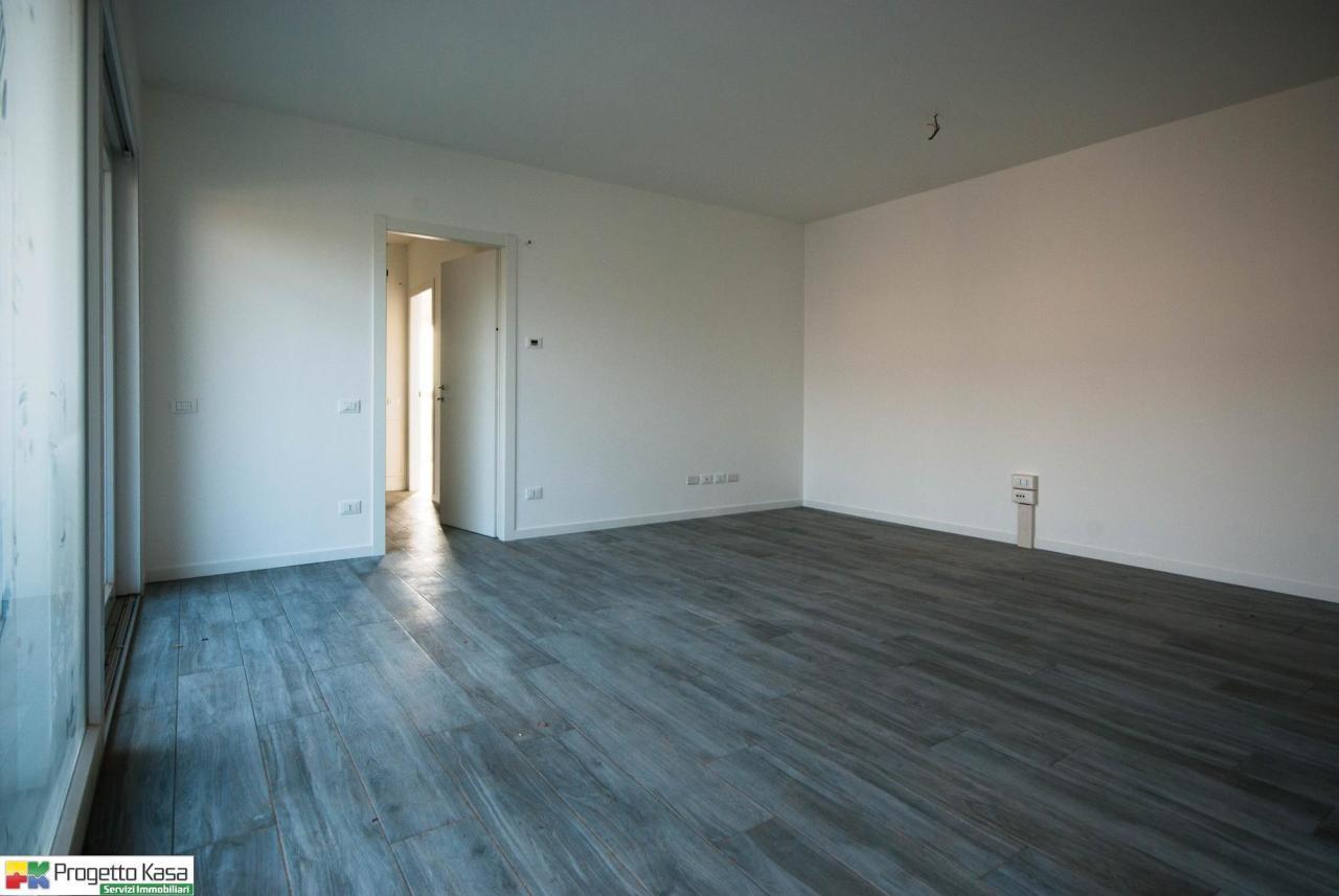 Appartamento in vendita a Mozzate, 3 locali, prezzo € 181.000 | CambioCasa.it