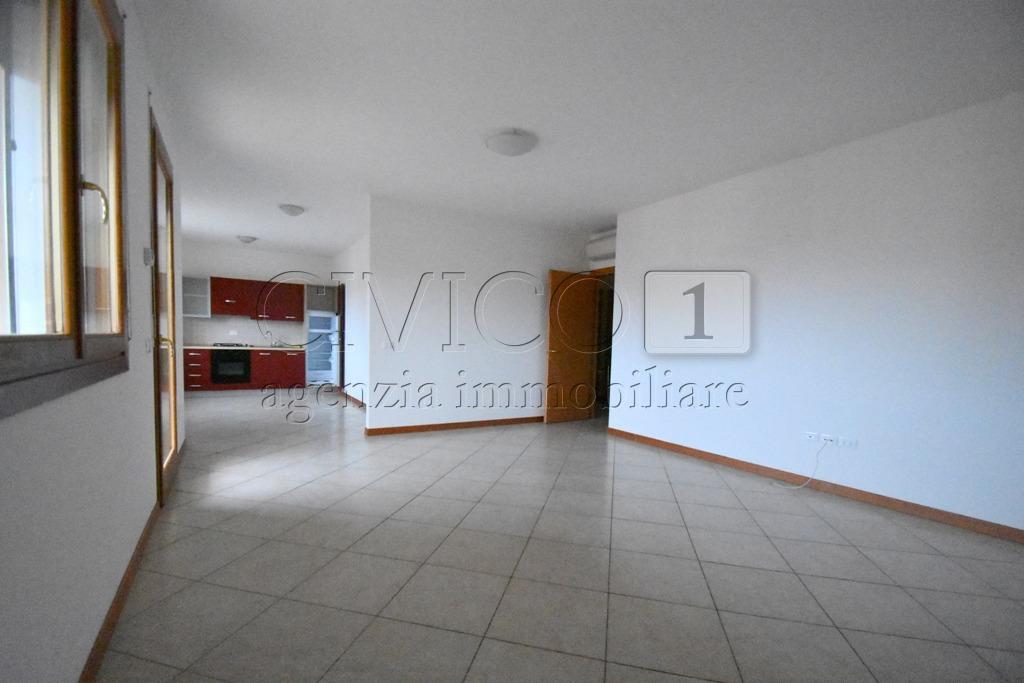 vicenza affitto quart: anconetta civico1-agenzia-immobiliare