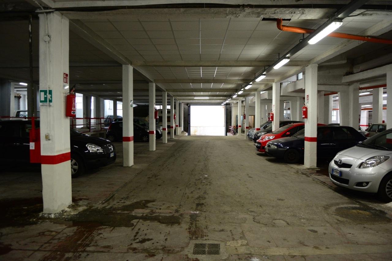 Box / Garage in vendita a Palermo, 60 locali, Trattative riservate | Cambio Casa.it