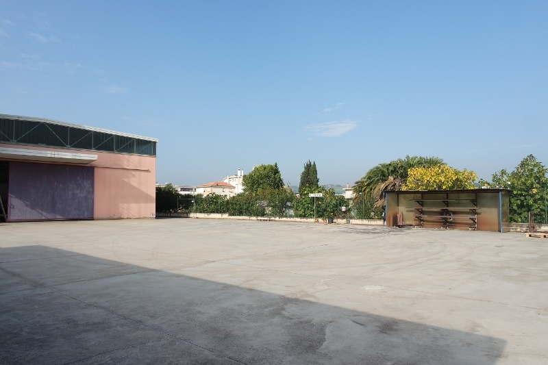 Capannone in affitto a San Benedetto del Tronto, 3 locali, prezzo € 3.375 | Cambio Casa.it