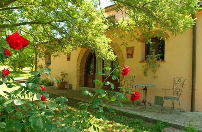 Soluzione Indipendente in vendita a Fauglia, 7 locali, Trattative riservate | Cambio Casa.it