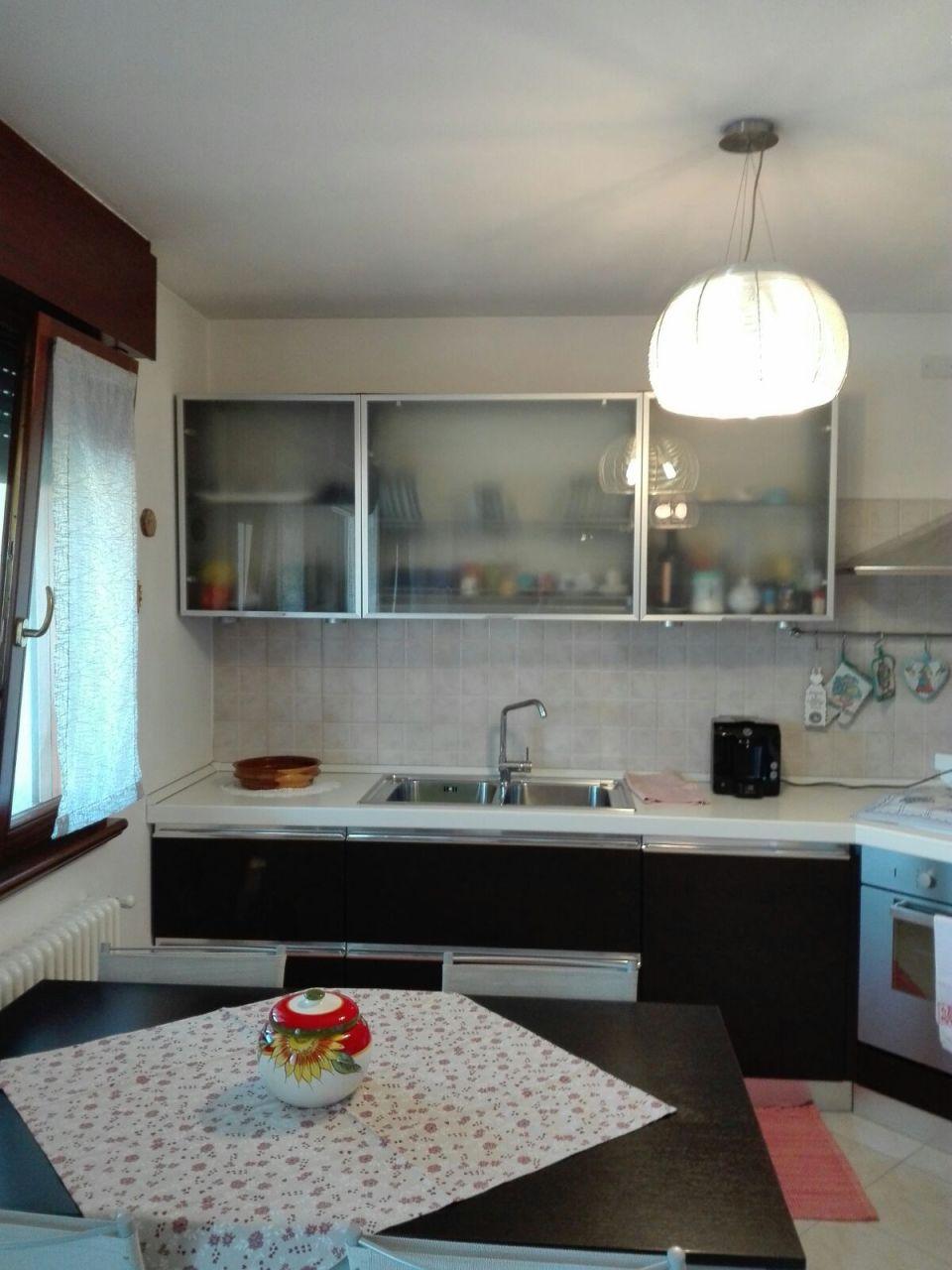 Appartamento in vendita a Latisana, 4 locali, prezzo € 110.000 | CambioCasa.it