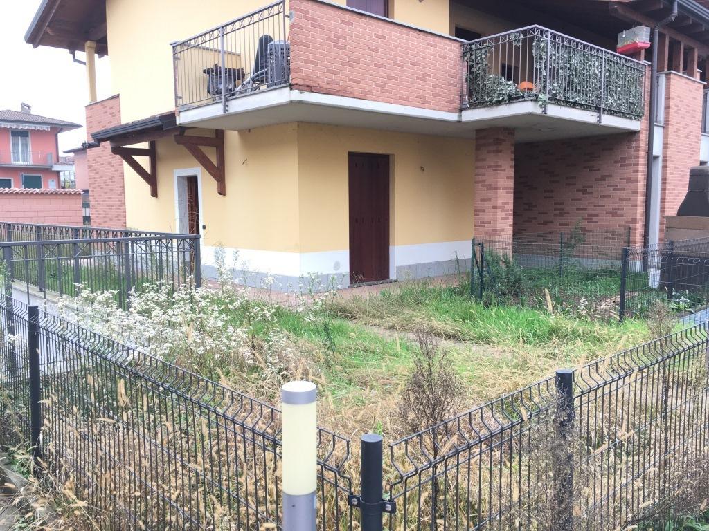 Appartamento in vendita a Palazzolo sull'Oglio, 3 locali, prezzo € 195.000   Cambio Casa.it