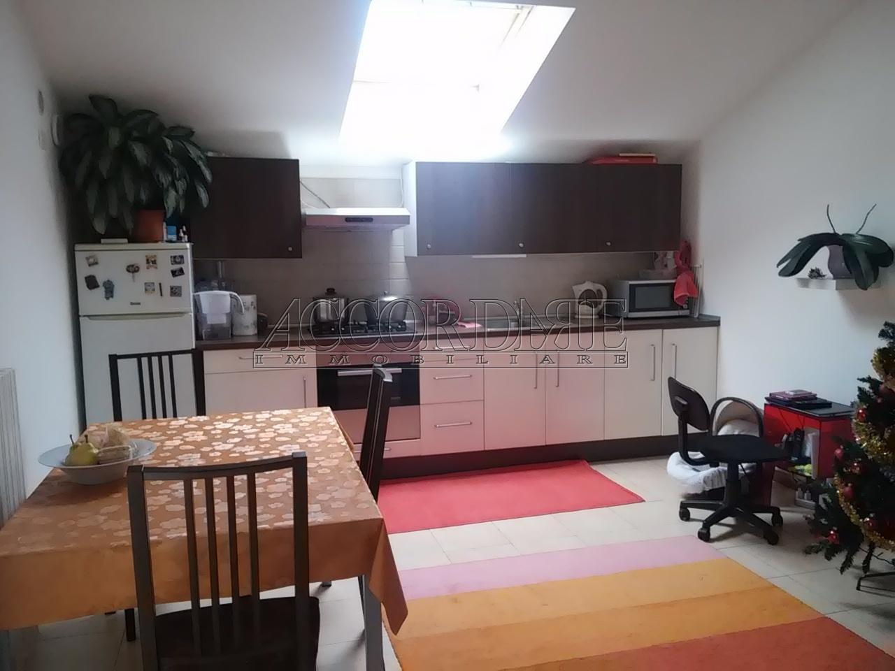 Appartamento in affitto a Casalserugo, 3 locali, prezzo € 450 | Cambio Casa.it