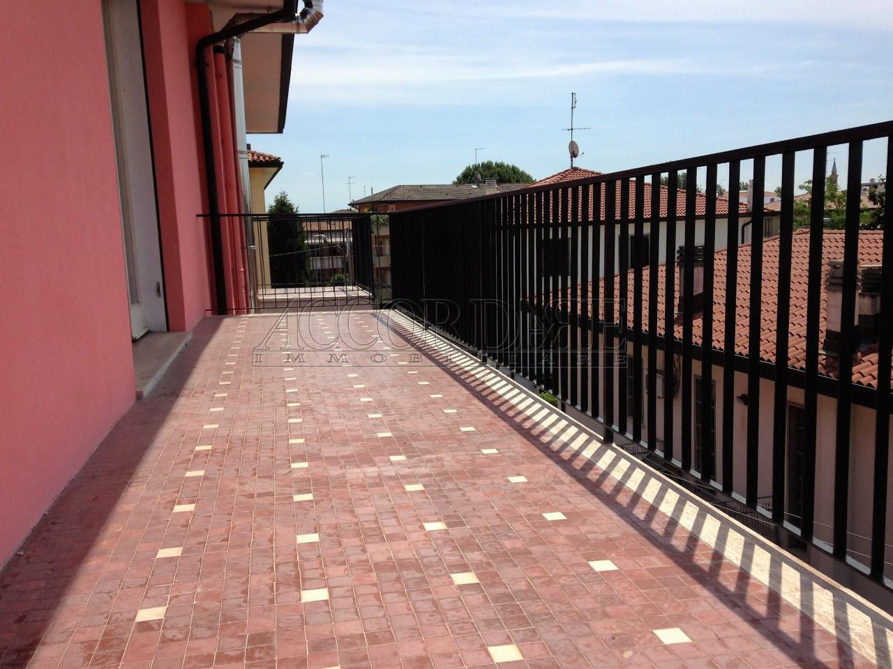 Padova vendita 118 mq riscaldamento autonomo for Garage autonomo