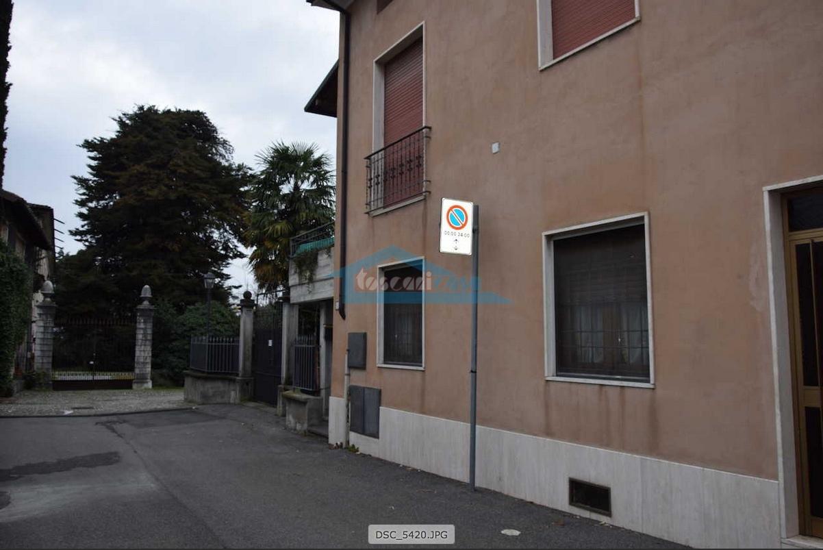 Esterno Porzione di casa  a Cazzago San Martino