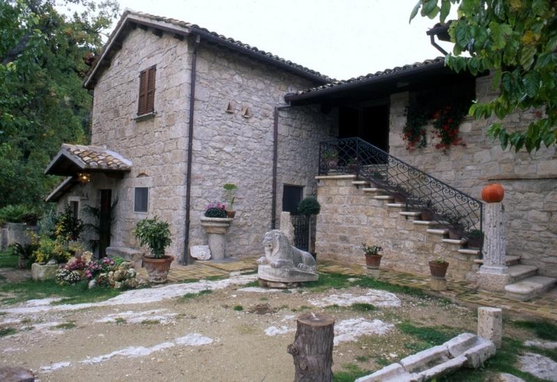 Rustico / Casale in vendita a Ascoli Piceno, 11 locali, prezzo € 550.000 | Cambio Casa.it