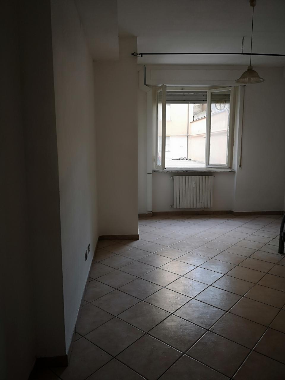 livorno vendita quart: centro agenzia-studio-tecnico-immobiliare-&-c-s.a.s.