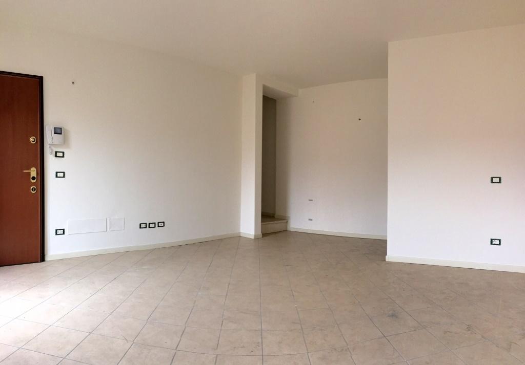 Appartamento in vendita a Chiari, 4 locali, prezzo € 115.000 | Cambio Casa.it