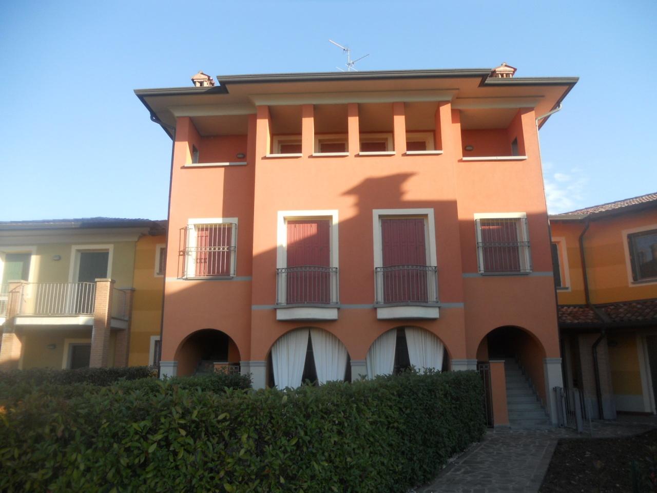 Appartamento in vendita a Chiari, 3 locali, prezzo € 115.000 | Cambio Casa.it