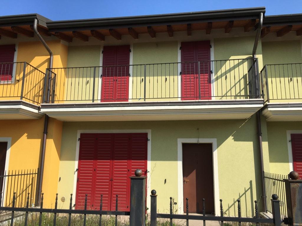 Villa a Schiera in vendita a Trenzano, 3 locali, prezzo € 139.000 | Cambio Casa.it