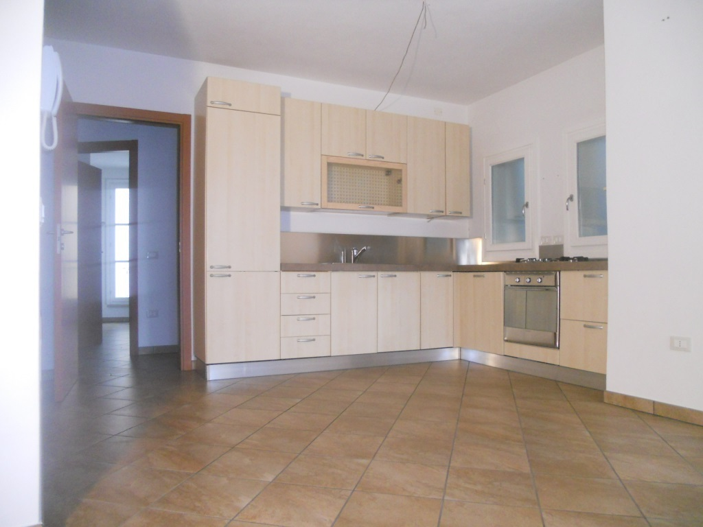 Appartamento in vendita a Rovato, 5 locali, prezzo € 225.000 | Cambio Casa.it