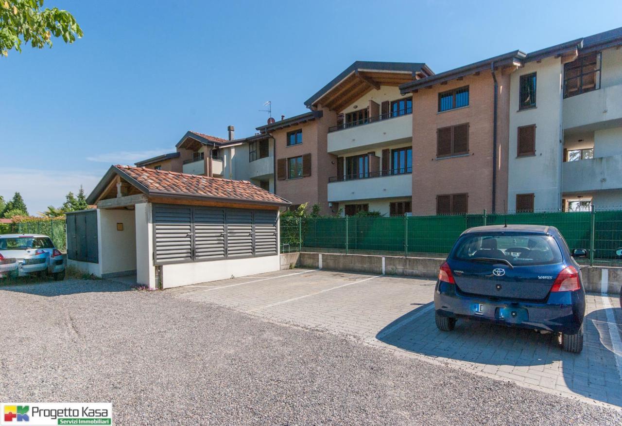 Appartamento in vendita a Locate Varesino, 3 locali, prezzo € 150.000 | Cambio Casa.it