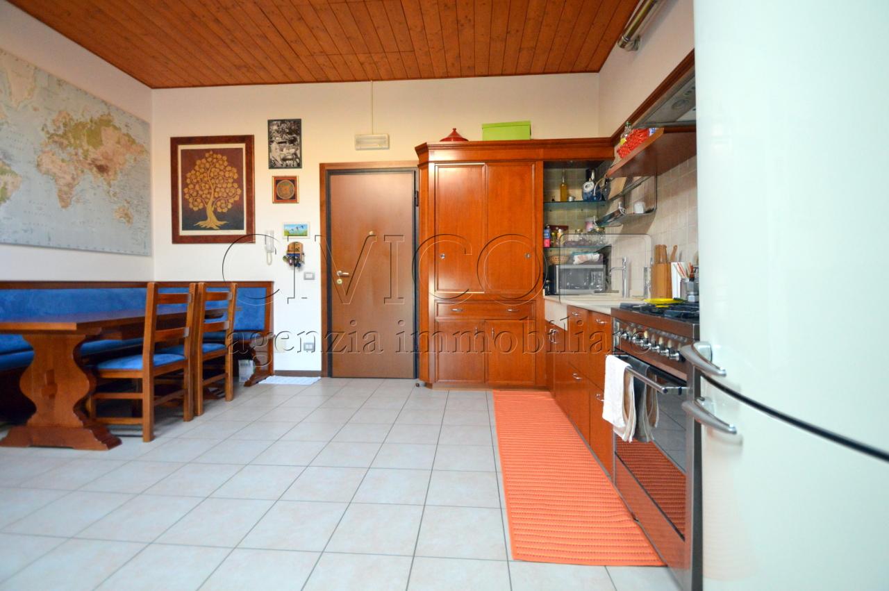 Bilocale Stanghella Via Canaletta Superiore 13