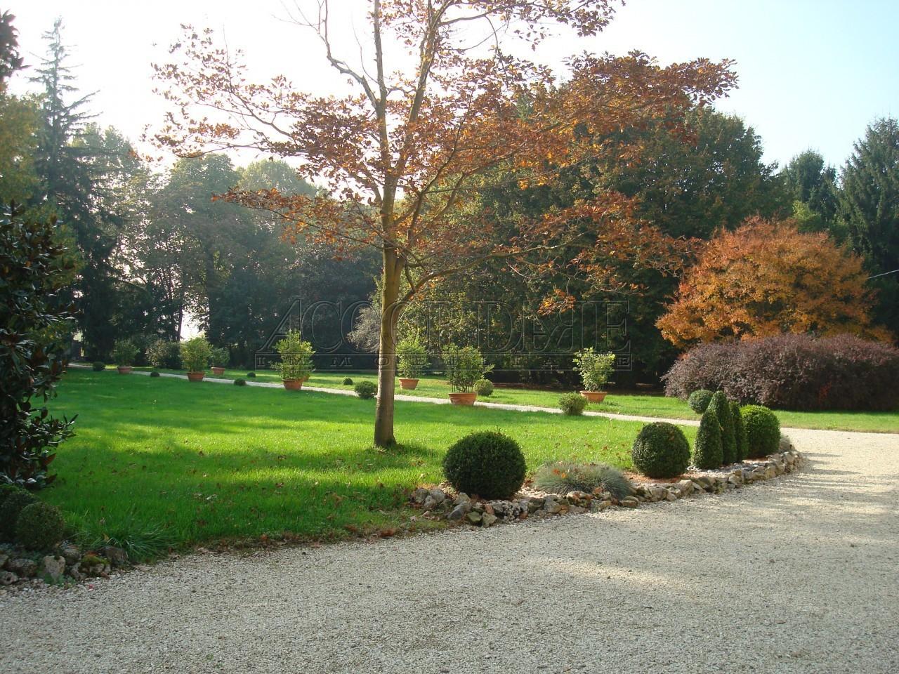 Villa in vendita a Montegalda, 18 locali, Trattative riservate | Cambio Casa.it