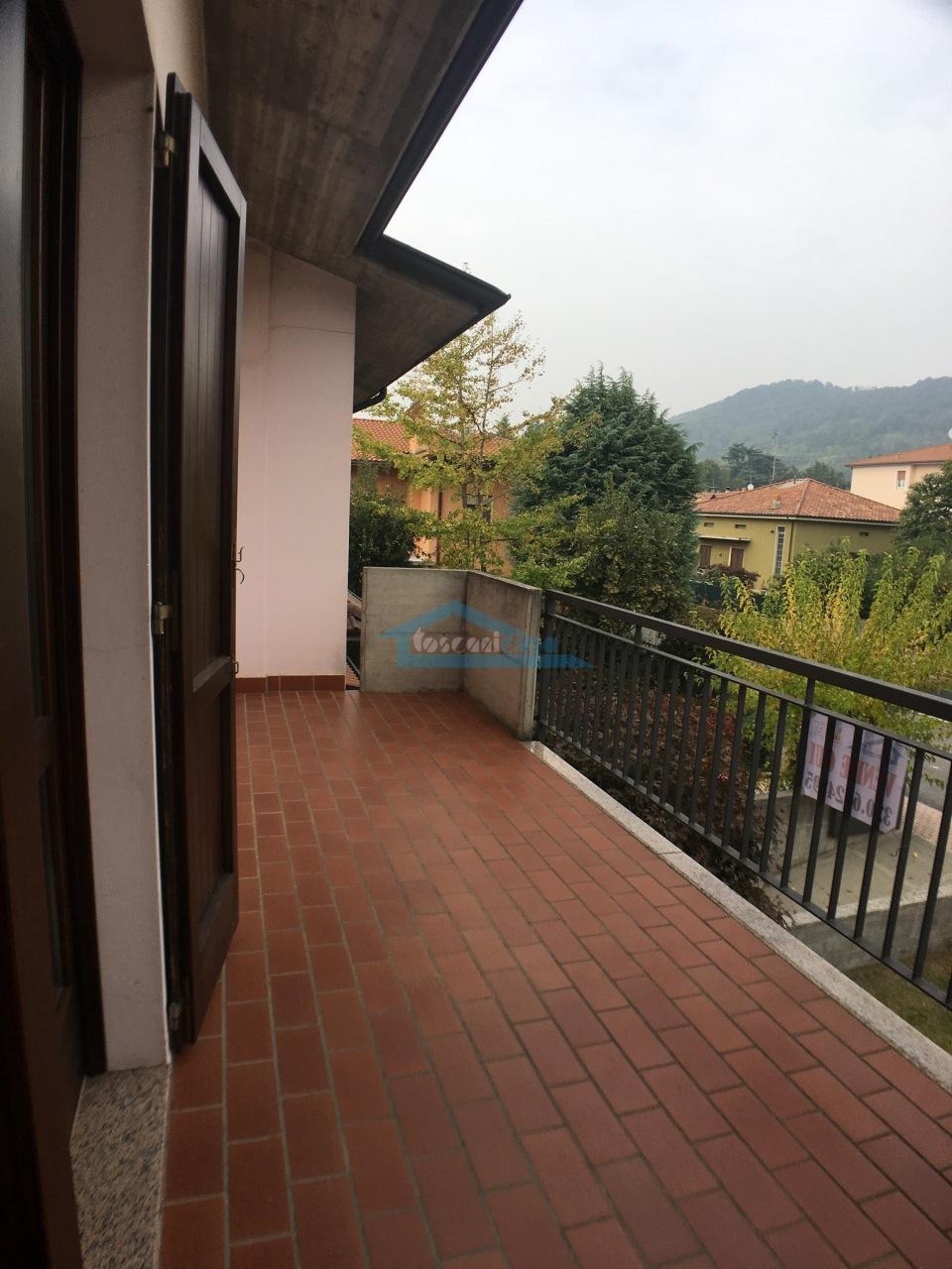 Balcone Villa a schiera  a Adro