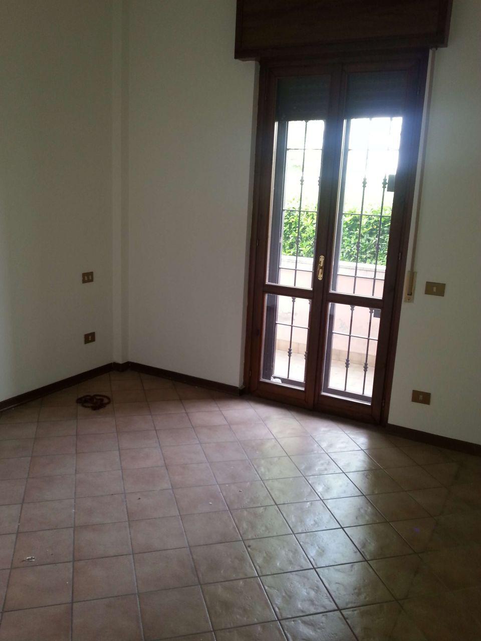 Bilocale Brescia Via Milano 105 2