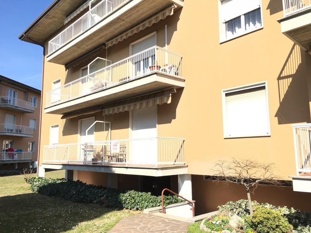 Appartamento in vendita a Palazzolo sull'Oglio, 4 locali, prezzo € 115.000 | Cambio Casa.it