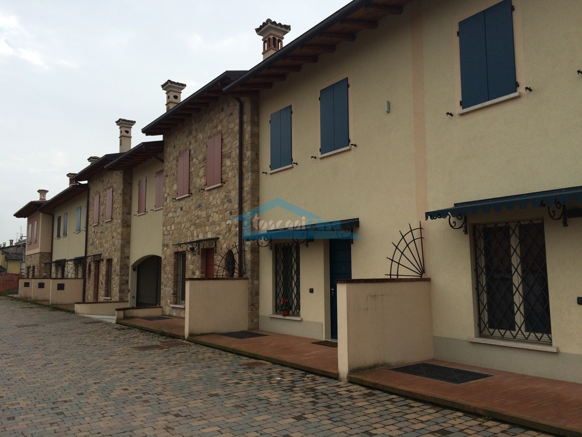 Le Ville Villa a schiera  a Palazzolo sull'Oglio
