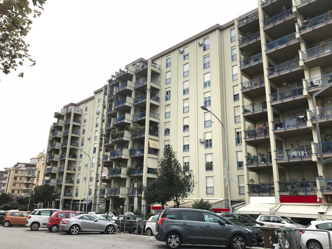 palermo vendita quart: viale strasburgo errebicasa-immobiliare-rossella-borzellieri-di-rosalia-borzellieri