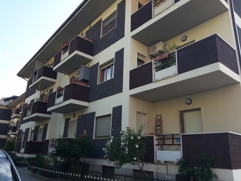 Appartamento in vendita a Ascoli Piceno, 5 locali, prezzo € 150.000   CambioCasa.it