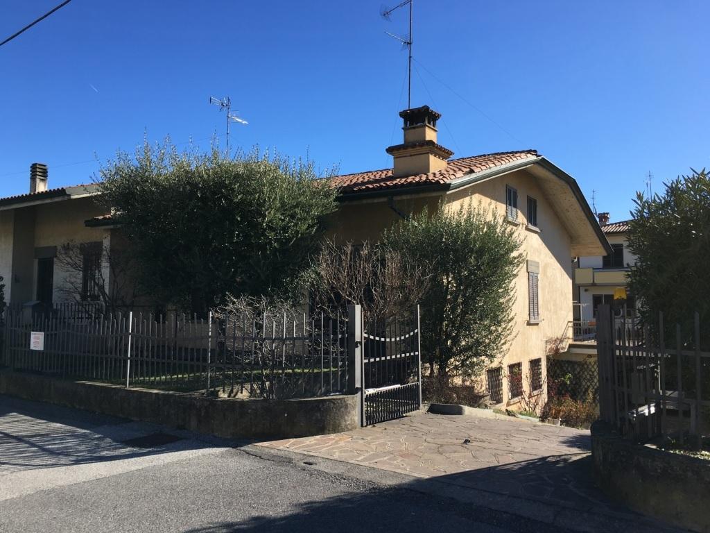 Soluzione Indipendente in vendita a Erbusco, 11 locali, prezzo € 299.000 | Cambio Casa.it