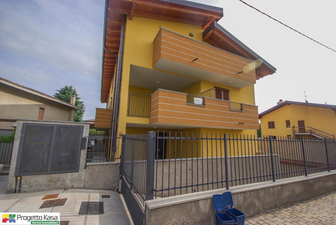 Appartamento in vendita a Mozzate, 9999 locali, prezzo € 74.000 | CambioCasa.it