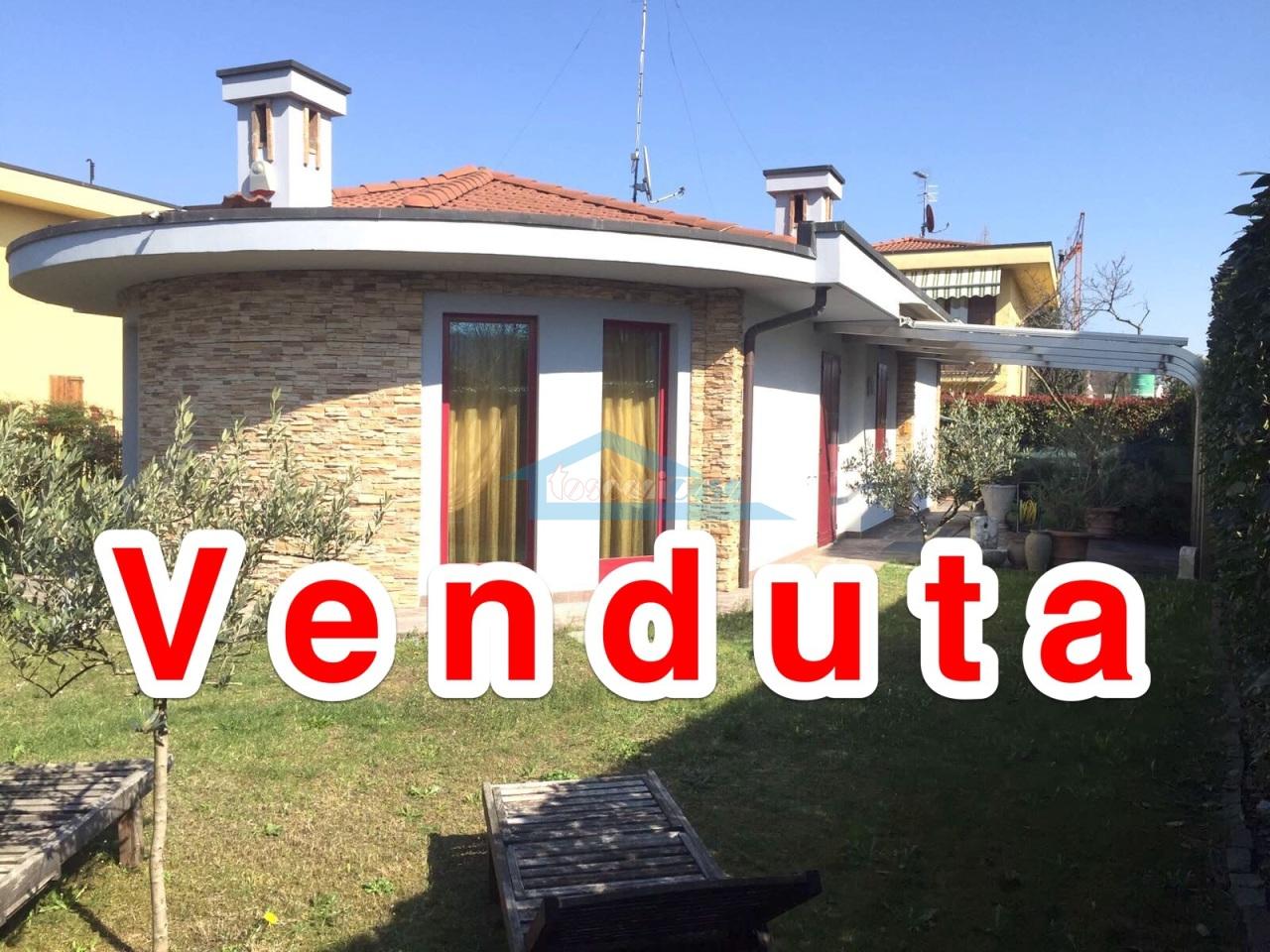 Venduta Villa  a Adro