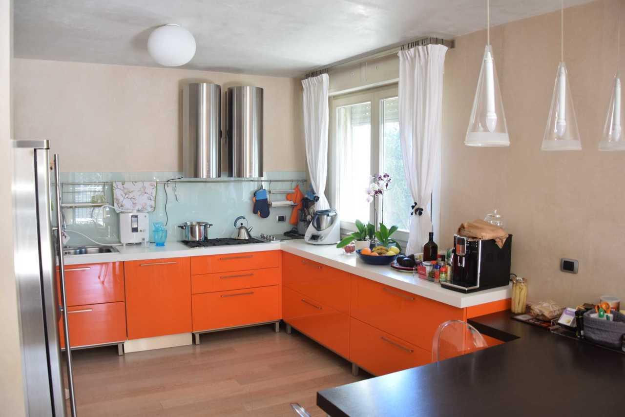 appartamenti e attici gussago vendita  gussago  agenzia caravaggi s.a.s.