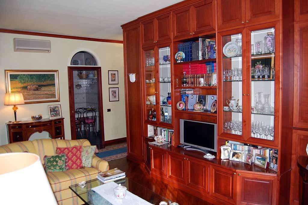 Appartamento in vendita a Milano, 4 locali, prezzo € 860.000   CambioCasa.it