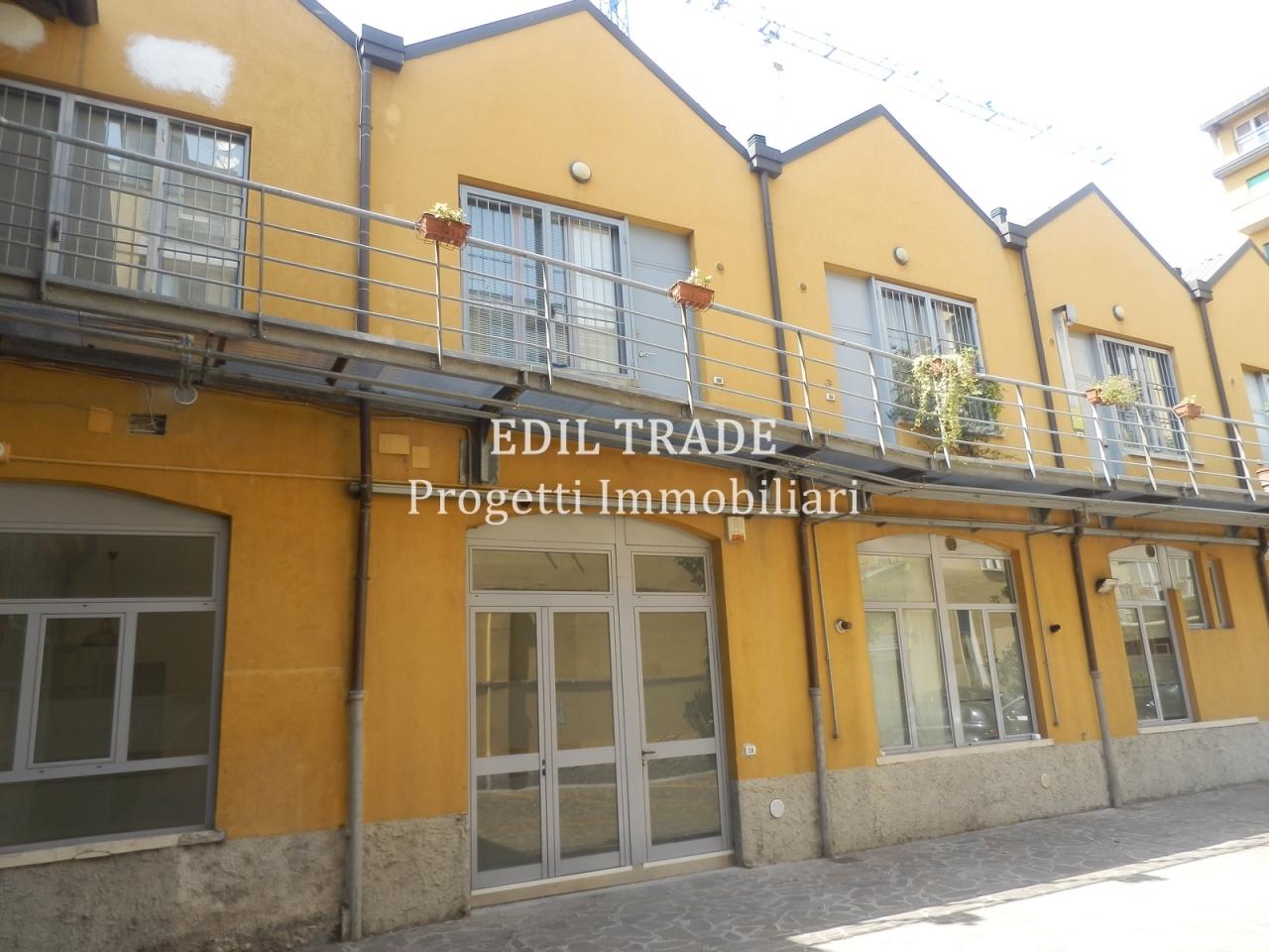 Loft / Openspace in affitto a Milano, 2 locali, prezzo € 1.050 | CambioCasa.it